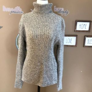 GAP Ribbed turtle neck sweater